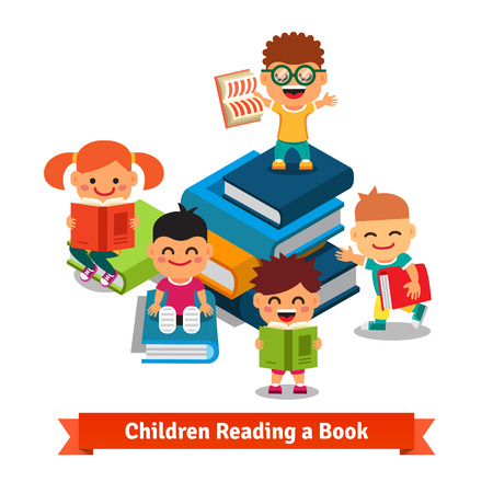 niños leyendo: Aprender niños y concepto de la educación. Niños sonrientes felices explorando grandes libros llenos de conocimiento. Concepto de ilustración vectorial estilo plano. Vectores