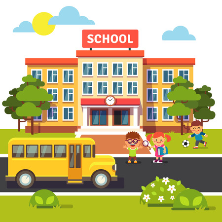 autobus escolar: edificio escolar, autobús y patio delantero con estudiantes de los niños. ilustración vectorial de estilo plano aislado en el fondo blanco. Vectores