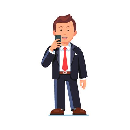 Glücklich Geschäftsmann stand mit Handy