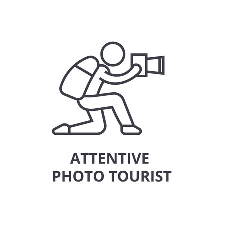 Attentive photo tourist thin line icon, sign, symbol, illustration, linear concept vector. Ilustração
