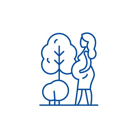 Pregnant woman line concept icon. Pregnant woman flat  vector website sign, outline symbol, illustration.