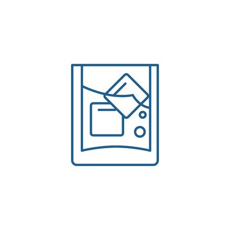 Glass of juice line concept icon. Glass of juice flat  vector website sign, outline symbol, illustration.