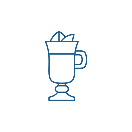Mulled wine line concept icon. Mulled wine flat  vector website sign, outline symbol, illustration. 일러스트