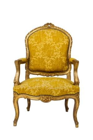 Luxe vintage fauteuil op witte achtergrond