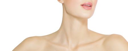 Peau éclatante santé d'une femme. Éclaircissement de la peau chirurgie PLASTIG et le concept de la cosmétologie. Banque d'images - 37575651