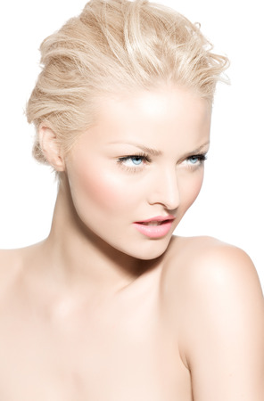 fair skin: Young blond woman with very fair skin.