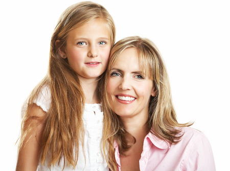 yo: Ten year old caucasian girl with her mother.