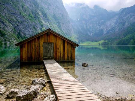 Botenhuis op Obersee, Berchtesgaden, Duitsland