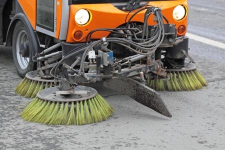 La voiture spéciale nettoie route ville Banque d'images