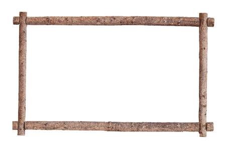 Het frame voor de foto gemaakt van ruwe grenen logs, geïsoleerd op een witte achtergrond Stockfoto