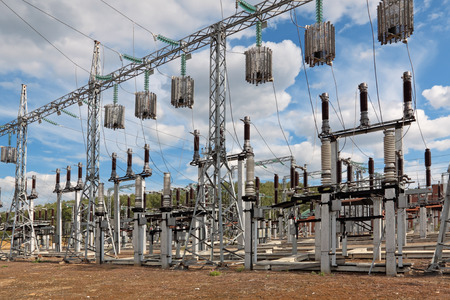 electrify: Trap-lining (high-frequency stopper) on the high-voltage transmission line Stock Photo