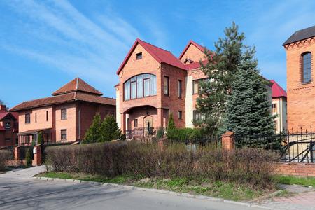 �lite: Villaggio chalet Elite con belle case costose