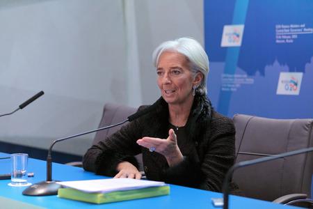 모스크바, 러시아 -2 월 16 일 : 크리스티누 마들렌 Odette Lagarde, 국제 통화 기금 (IMF)의 전무 이사 (MD) 기자 회견에서 2011 년 2 월 16 일에 모스크바, 러시아