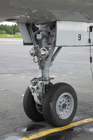 undercarriage: The forward undercarriage of the modern plane