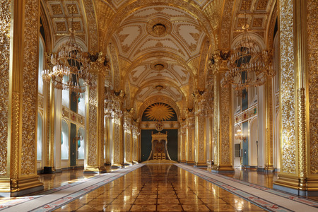 Russia, Moscow, Grand Kremlin Palace - historical old building built from 1837 to 1849, at the present time the ceremonial residence of the President of Russia. St. Andrew's hall (throne hall) Imagens - 34442925