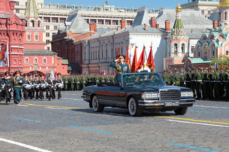 solemn land: MOSCOW, RUSSIA - MAY 09, 2014: Celebration of the 69th anniversary of the Victory Day (WWII) on Red Square. The parade Colonel-General Oleg Salyukov - chief of Land forces of Russia