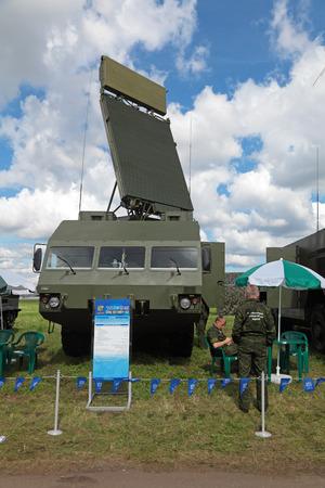 d�tection: Joukovski, RUSSIE - 26 ao�t 2013: la station anti-a�rien syst�me de missiles Buk de d�tection de cible (SA-11 Gadfly) � l'aviation civile internationale et de l'espace salon MAKS-2013