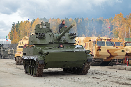 vena: NIZHNY TAGIL, RUSSIA - SEP 26, 2013: The international exhibition of armament, military equipment and ammunition RUSSIA ARMS EXPO (RAE-2013). The 2S31 Vena is a Russian self-propelled 120 mm mortarcannon