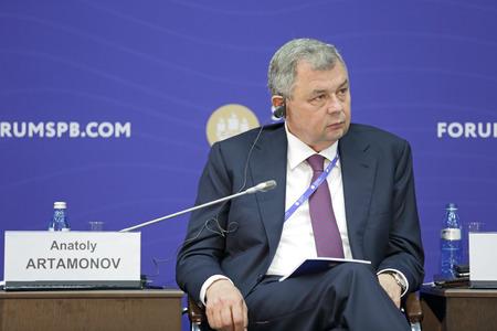 governor: SAINT-PETERSBURG, RUSSIA - JUN 16, 2016: St. Petersburg International Economic Forum SPIEF-2016. Anatoly Artamonov, Governor of Kaluga Region