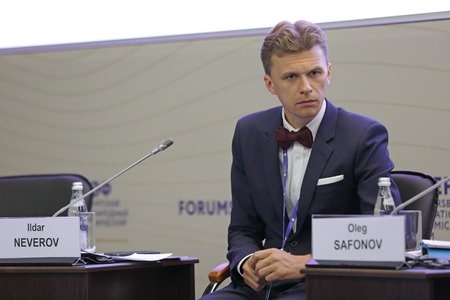 sever: SAINT-PETERSBURG, RUSSIA - JUN 18, 2016: St. Petersburg International Economic Forum SPIEF-2016. Ildar Neverov, Head, Sever Group; Member of the Task Force for the Development of the Arctic and the Northern Sea Route, Expert Council under the Government o
