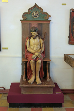antiquity: ROSTOV, YAROSLAVL OBLAST, RUSSIA - MAY 02, 2014: White dining room chamber (the Museum of Church antiquities) on the territory of the Rostov Kremlin (Golden Ring). Sculpture of Christ in prison, XIX century