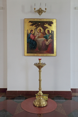 blessed trinity: YAROSLAVL, RUSSIA - MAY 03, 2014: The icon of the Holy Trinity in the Cathedral of the assumption Editorial