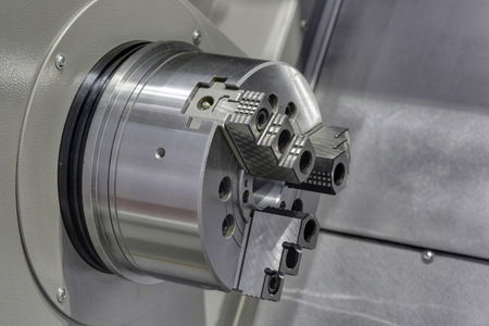 chuck: Jaw Chuck lathe, close-up