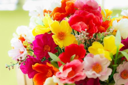 arreglo floral: muchos colores de la flor romántica