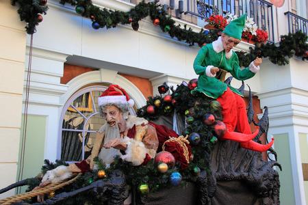 할로윈과 크리스마스 축하를위한 산타 클로스 장식