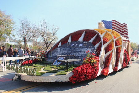 flower parade: Pasadena, California, USA - January 3, 2015: Beautiful floats are displayed in the post-parade, a showcase of floats from the Rose Parade - America Editorial