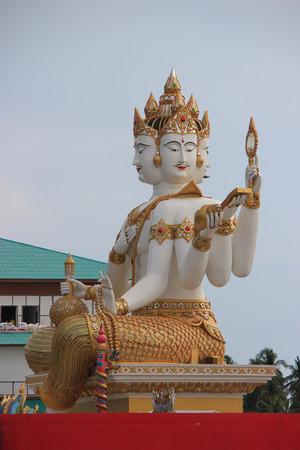 hugh: Chachoengsao, Thailand - May 4, 2015: The biggest Brahma, the Hindu God of Creation, is located at Samanrattanaram Temple. Editorial