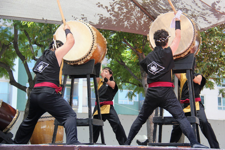 traditional culture: Los Angeles, California, USA - August 16, 2015: Japaneses are performing Japanese percussion instruments at Nisei Week Japanese Festival in Little Tokyo, Los Angeles. Editorial