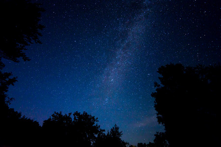 Night sterrenhemel scène met melkweg