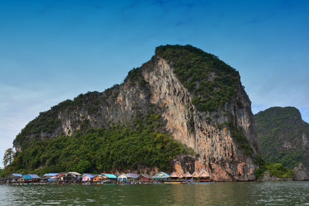 KOH PANYEE   PANYEE ISLAND : THE FISHERMANS SEA VILLAGE create a Almost all of the village in front of the limestone cliffs above the sea