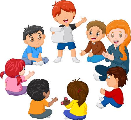 Enfants assis en cercle lisant un poème