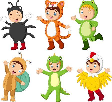 Grupo de niños de dibujos animados con diferentes disfraces.