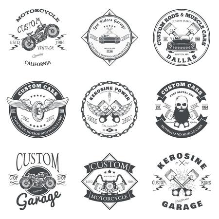 motor race: Set van aangepaste auto en fiets Garage Label en Badge Ontwerp Stock Illustratie