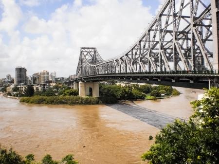 Puente de hierro historia en Brisbane de Queenland, Australia.