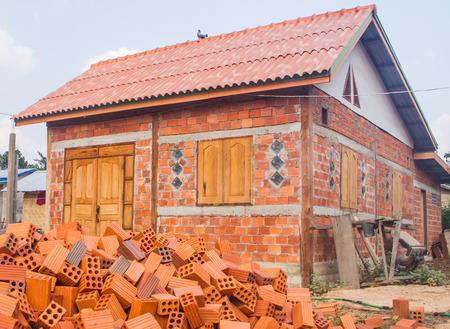 mud house: Building house with adobe bricks.