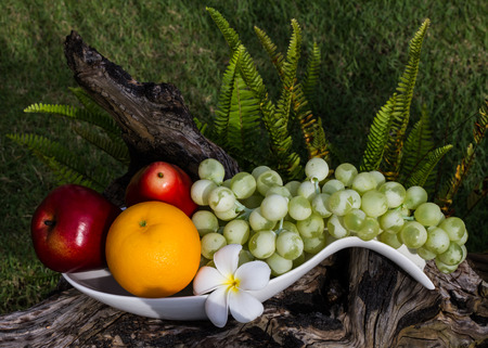 sweet grasses: Healthy fruits in the garden.