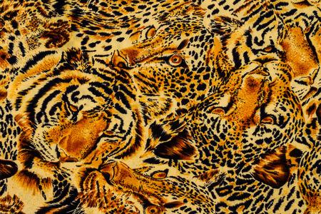silueta tigre: Tela de la impresión del tigre cerca de fondo.