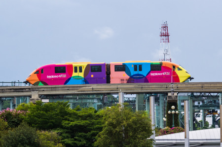 monorail: SINGAPORE-AUGUST 30: Sentosa Express monorail train connecting Harborfront and Sentosa Island in Singapore view on August 30,2016.
