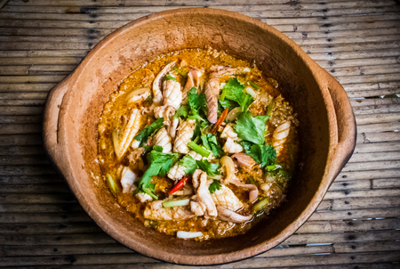 Stir-fried squid with curry flour. Foto de archivo