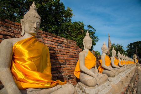 chaimongkol: Aligned buddha statues at Wat Yai Chaimongkol, Ayutthaya, Thailand