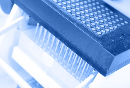 Multihead automated pipette and 384-well plate for high throughput biological testing