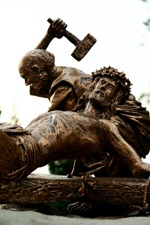 redemption: Sculpture depicting the crucifixion of Jesus on the cross