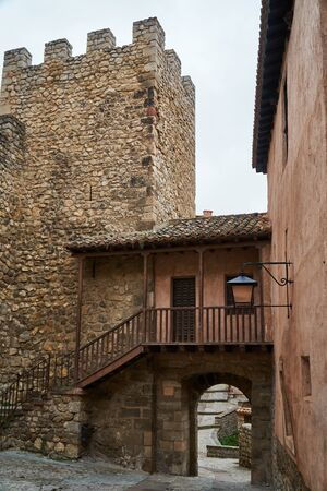 wall of town of albarracin teruel in the afternoon Imagens