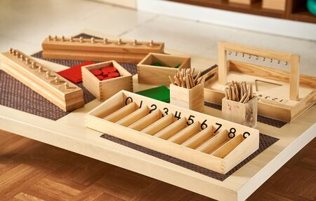 Montessori counting games learning numbers Imagens