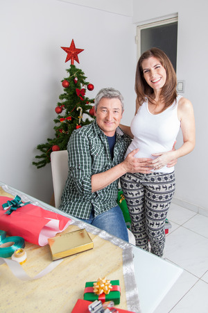 35 40 years old: Pregnant in christmas