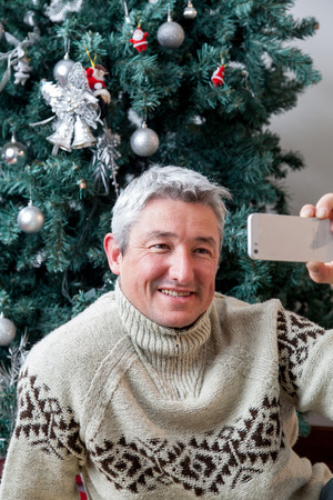 35 40 years old: Man taking a picture of yourself
